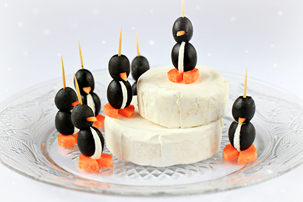 cream-cheese-olive-penguin-appetizers