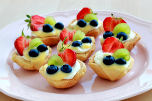 summer-mini-fruit-tarts