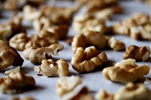 brownie-tart-walnuts