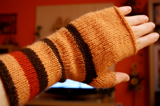 pattern knit fingerless mittens
