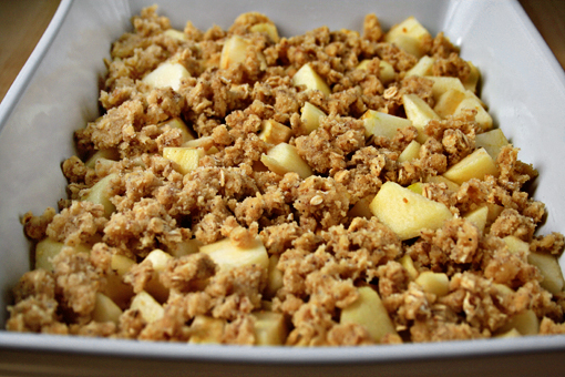apple crisp recipe with step-by-step images