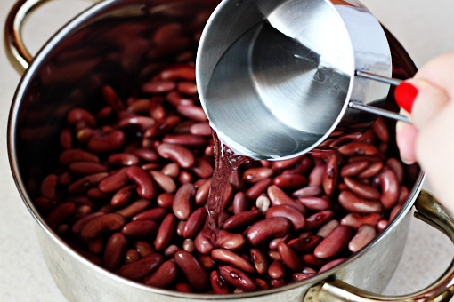 bean soup recipe with step by step pictures, place the beans into a large pot and add water