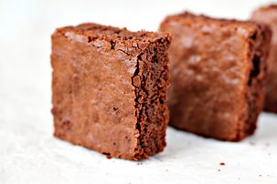 brownies recipe with step by step pictures and list of ingredients