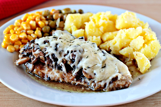 chicken with mushrooms and cheese step by step recipe with ingredients and pictures, chicken fillets with mushroom sauce, melted cheese, peas, corn and cooked tomatoes