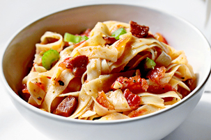 pasta with bacon and tomato sauce, homemade tomato pasta recipe with step by step pictures, ingredients, recipe, pictures, images