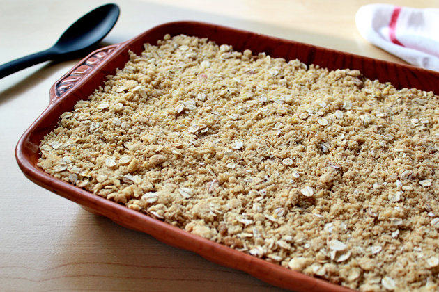 apples-and-mixed-berries-crumble