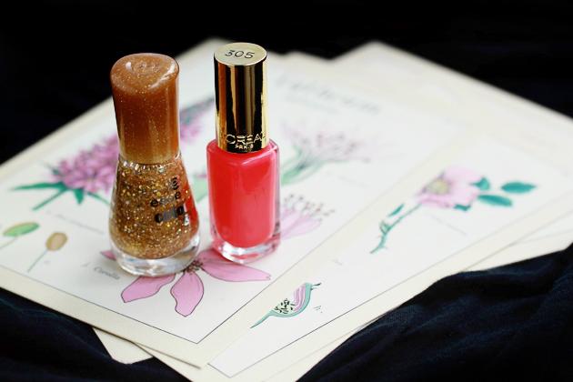 salmon pink and golden glitter nail polish