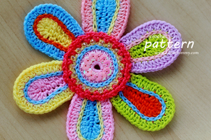 Colorful Crochet Flower (PATTERN)