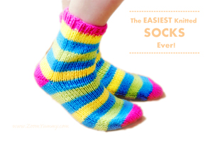 The Easiest Knitted Socks Ever (FREE PATTERN!)