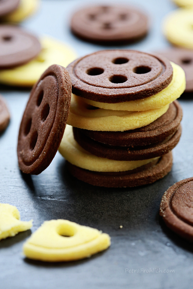 vanilla and chocolate button cookies recipe