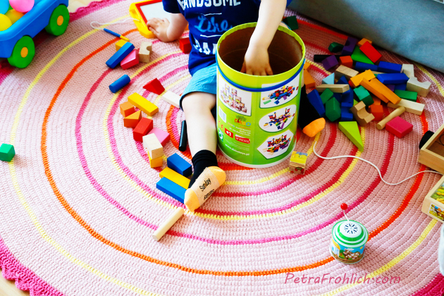 how to make a round crochet rug