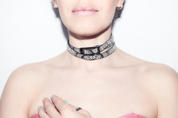 diy_choker-necklace_ari-boatpeople_web-16-630x419
