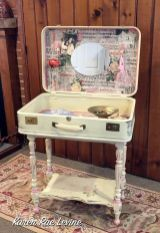 A Makeup Storage & Vanity Table From An Old Suitcase