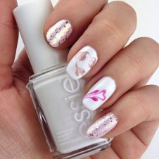 Crush-Worthy Valentine's Day Nail Art