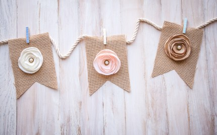 DIY Burlap Banner Flowers Pearls Clothespins