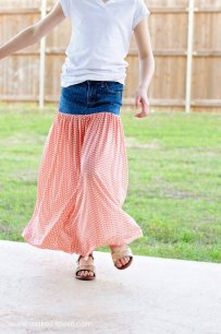 Turn Old Jeans Into a Maxi Skirt
