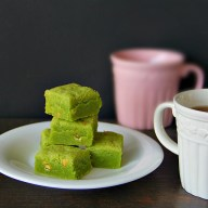 Matcha White Chocolate Chip Shortbread