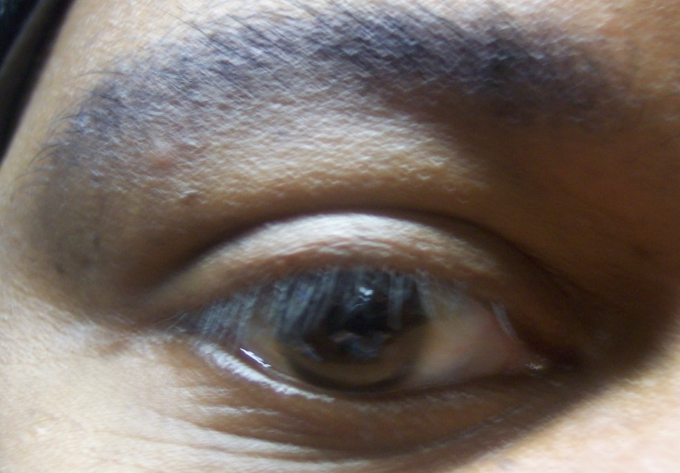 brown eye of man