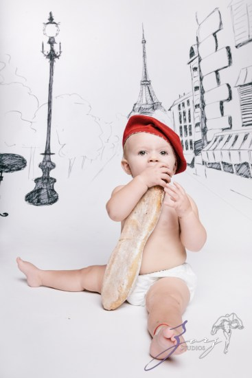 Draw and Crawl the World - Creative Children Photography by Zorz Studios (5)