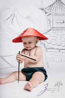 Draw and Crawl the World - Creative Children Photography by Zorz Studios (4)