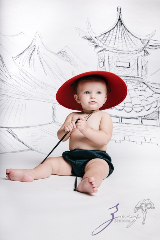 Draw and Crawl the World - Creative Children Photography by Zorz Studios (3)