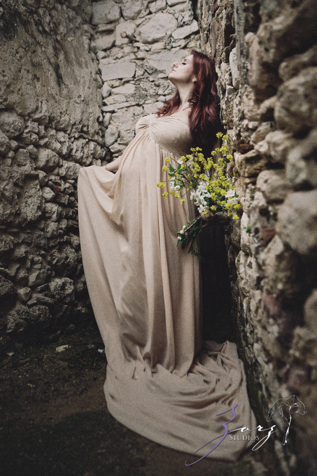 Sprout to Roots: Destination Maternity Shoot in Greece (47)