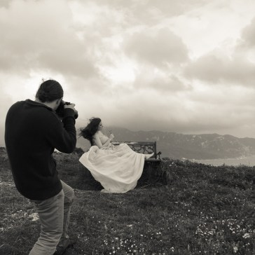 Sprout to Roots: Destination Maternity Shoot in Greece (3)