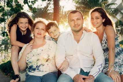 Blue Birdies: Model-Like Family Portraits in Miami, FL by Zorz Studios (26)