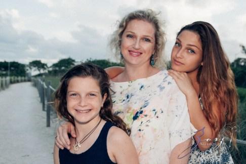 Blue Birdies: Model-Like Family Portraits in Miami, FL by Zorz Studios (13)