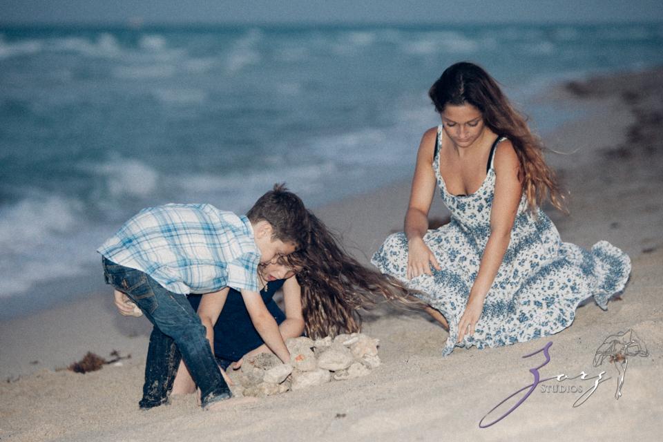 Blue Birdies: Model-Like Family Portraits in Miami, FL by Zorz Studios (2)
