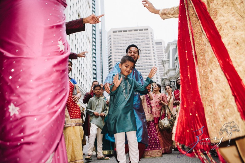 Phillyng in Love: Shruti + Milan = Indian Wedding by Zorz Studios (128)