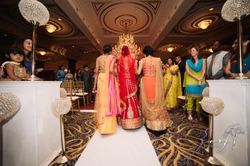 Phillyng in Love: Shruti + Milan = Indian Wedding by Zorz Studios (100)
