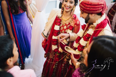 Phillyng in Love: Shruti + Milan = Indian Wedding by Zorz Studios (65)