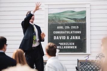 Wolke 9: Jana + David = German-American Rustic Wedding in Vermont by Zorz Studios (68)
