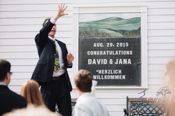 Wolke 9: Jana + David = German-American Rustic Wedding in Vermont by Zorz Studios (68)