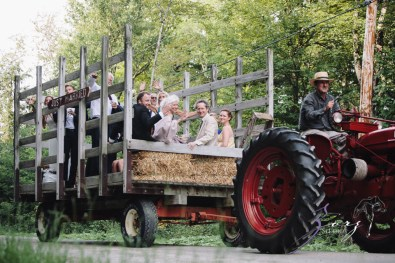 Wolke 9: Jana + David = German-American Rustic Wedding in Vermont by Zorz Studios (54)