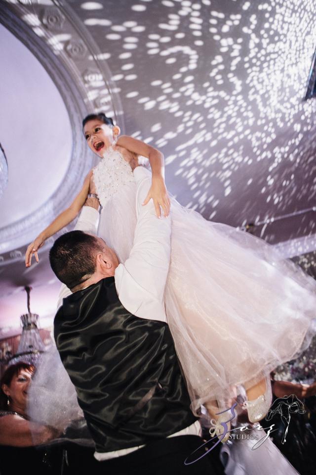 Touching: Ekaterina + Ross = Emotional Wedding by Zorz Studios (3)