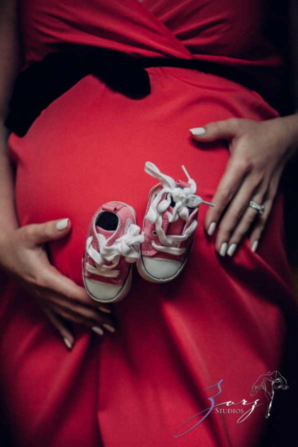 Poetic Maternity Session in the Mist by Zorz Studios (3)