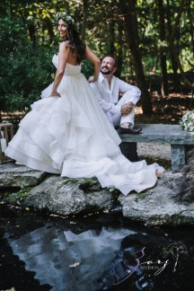 Birth of Venus: Alexandra + Ricardo = Rustic Wedding by Zorz Studios (82)