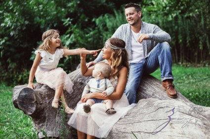 Teepee: Bohemian Family Photoshoot by Zorz Studios (62)
