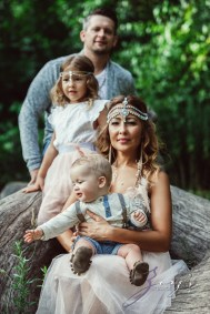 Teepee: Bohemian Family Photoshoot by Zorz Studios (59)