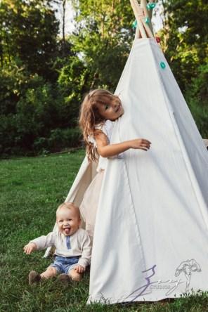 Teepee: Bohemian Family Photoshoot by Zorz Studios (38)