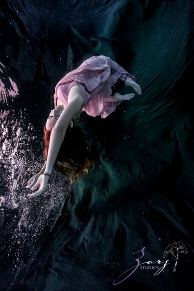 Sweetwater: Sweet 16 Underwater Photoshoot by Zorz Studios (19)