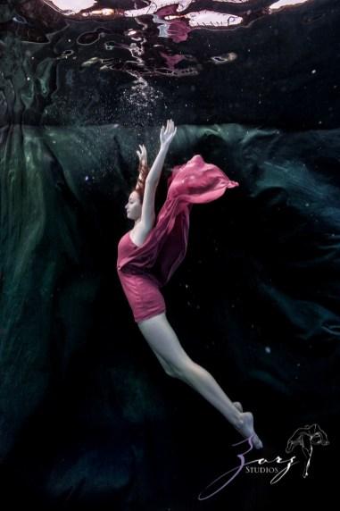 Sweetwater: Sweet 16 Underwater Photoshoot by Zorz Studios (14)