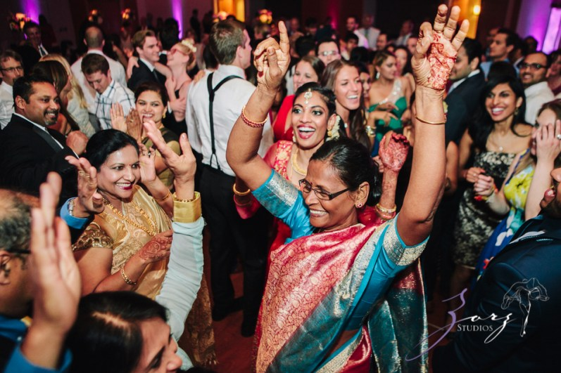 7th Circle: Manjula + Evan = Indian-Jewish Wedding by Zorz Studios (15)
