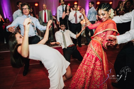 7th Circle: Manjula + Evan = Indian-Jewish Wedding by Zorz Studios (6)