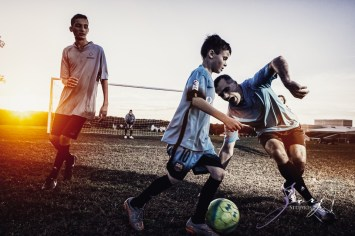 House of Red Cards: Tough Soccer Family Photoshoot by Zorz Studios (15)