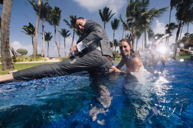 Caught in Traffic: Olessa + Joe = Punta Cana Destination Wedding by Zorz Studios (4)