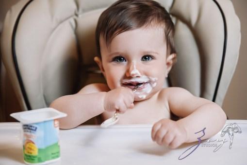 Big Eyes: Adorable Baby Girl Photoshoot by Zorz Studios (22)