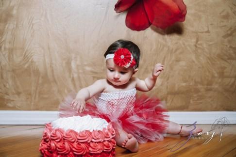 Big Eyes: Adorable Baby Girl Photoshoot by Zorz Studios (16)